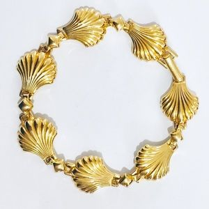 Vintage shell bracelet